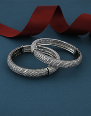 Buy An Exclusive Collection of Fancy Bangles at Best Price